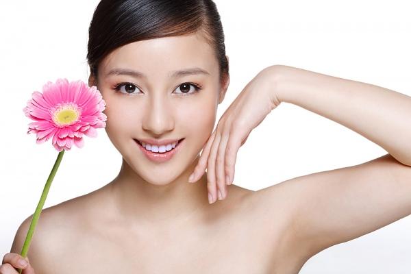 Thực hiện đúng cách chăm sóc da mặt sẽ giúp da trẻ trung xinh đẹp