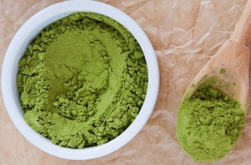 Điều trị mụn mủ, mụn bọc và các loại mụn với trà xanh