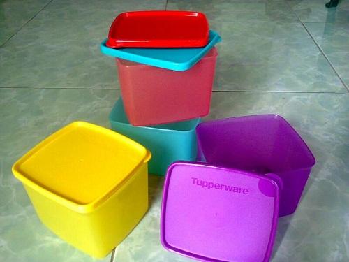 tupperware medium square round
