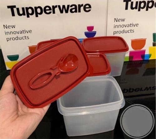 shelf saver with spoon tupperware có muỗng trong nắp tiện lợi khi sử dụng