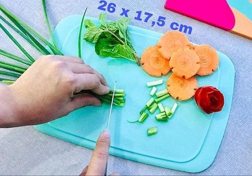 thớt nhựa cool stackables có độ bền cao, có thể sử dụng với cả hai mặt