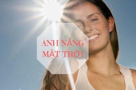 Transino Whitening Essence Ex điều trị nám da do Ánh nắng mặt trời