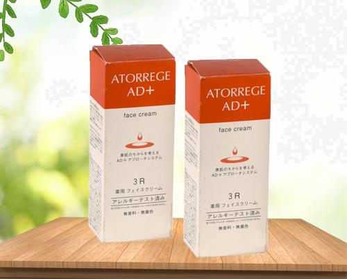 Kem dưỡng ẩm Atorrege AD+ Medicated Face Cream