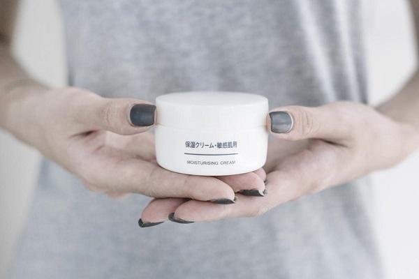 Kem dưỡng da Muji Moisturising Cream 50g Nhật Bản