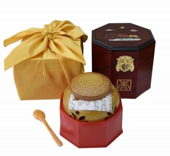 Cao sâm hoàng hậu hũ sứ 500g món quà quý giá cho sức khỏe