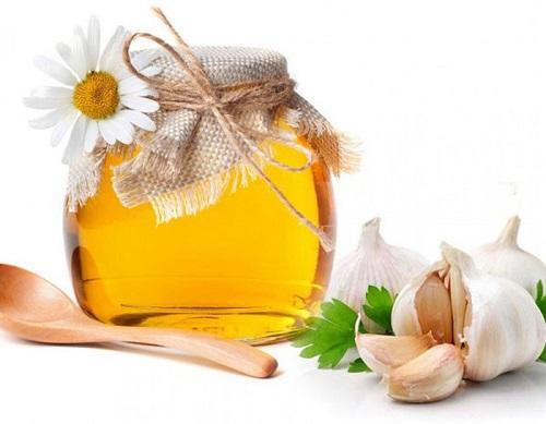 Cách trị viêm xoang tại nhà bằng mẹo dùng tỏi và mật ong trị viêm xoang