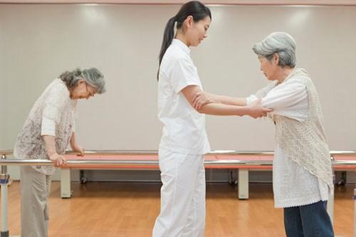 Công dụng viên uống nattokinase 2000fu orihiro Nhật Bản hỗ trợ phục hồi di chứng của đột quỵ
