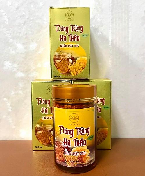 đông trùng hạ thảo ngâm mật ong vqc được rất nhiều khách hàng yêu thích