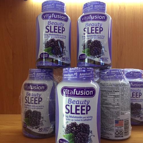 Vitafusion Beauty Sleep Gummies được người dùng đánh giá cao về công dụng