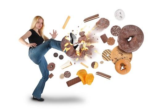 Tránh xa đồ ăn vặt, nhiều đương khi giảm cân